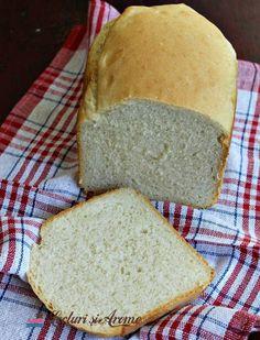 Pâine albă de casă la mașina de făcut pâine Romanian Food, Healthy Recipes, Healthy Foods, Food And Drink, Gluten, Bread, Home, Healthy Food, Health Foods