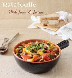 #Ratatouille dedicata agli amanti delle #verdure.Piatto ricco di profumi e sapori dell'orto. Ratatouille, Thai Red Curry, Ethnic Recipes, Food, Fantasy, Essen, Meals, Yemek, Eten