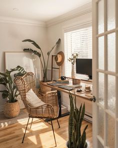 Home Office for everyone working from home at the moment. Love the vibe coming from this space, warm, cosy and very Hygge. Room Design Bedroom, Room Ideas Bedroom, Home Decor Bedroom, Small Bedroom Hacks, Kids Bedroom, Master Bedroom, Home Office Design, Home Office Decor, Home Interior Design
