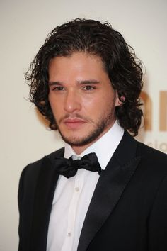 This one is for Amanda.... Couldn't find a good one of him in Game of thrones... but this will do nicely I think!