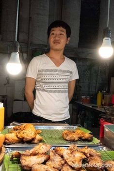 Our 7 Favorite Places To Eat Best Thai Food In Bangkok Bangkok Travel Guide, Thailand Travel, Thailand Restaurant, Best Thai Food, Thai Street Food, Food Concept, Best Places To Eat, Thai Recipes, Eating Well