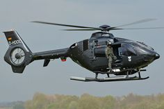 German Navy helicopter, at Beauvechain Photo : André Bour Luxury Helicopter, Helicopter Plane, Military Helicopter, Military Aircraft, Eurocopter Ec135, Aigle Animal, Airbus Helicopters, Firefighter Emt, Flying Vehicles