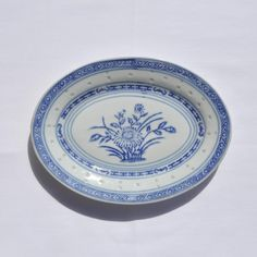 $22 Blue and White Chinese Porcelain Tienshan Rice Flower Oval Plate