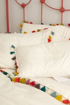 Love fringe.  Simple & pretty Lindi Fringe Duvet - Anthropologie.com #anthrofave #juvenilehalldesign