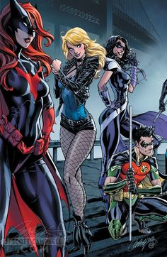 Batman and Catwoman are getting married, and J. Scott Campbell joins the celebration with a limited edition variant cover series. Marvel Dc Comics, Heros Comics, Hq Marvel, Comics Girls, Dc Heroes, Rogue Comics, Dc Comics Art, Batwoman, Batman Und Catwoman