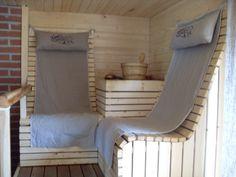 Sauna- towel hooks May Indoor Sauna, Sauna Design, Finnish Sauna, Pizza Oven Outdoor, Sauna Room, House Tiles, Saunas, Towel Hooks, Style Tile