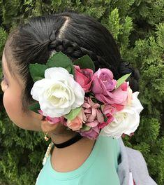 Marinera norteña/ Peinado / tocado de flores / peinado marinera norteña niña / Molde, Flower Crowns, Dancing, Hair