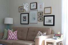 modern jane: Gallery Wall Over the Sofa.