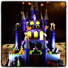 Disney Villain Castle Cake I want this for my next birthday!!