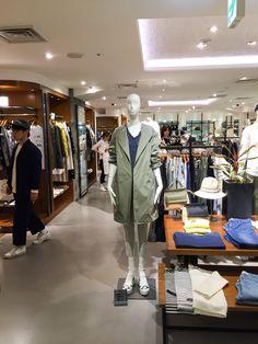 #tokyofashion #spring2015 #militaryouter #trenchcoat #whiteplatform #sandals #trenspotted in #tokyofashiontour do you like this style ?
