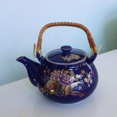 vintage kutani teapot small Japan cobalt blue by sosovintage, $20.00