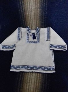 Folk Embroidery, Diy Clothes, Bell Sleeve Top, Costumes, Boutique, Knitting, Sewing, Blouse, Color
