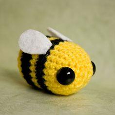 Kawaii Amigurumi Bee : 1000+ images about Bee on Pinterest Cute bee, Bee art ...