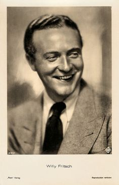 https://flic.kr/p/yRE2zA | Willy Fritsch | German postcard by Ross Verlag, no. 6181/1, 1931-1932. Photo: Ufa.  Willy Fritsch (1901-1973) was the immensely popular 'Sunny Boy' of the Ufa operettas of the 1930s and 1940s.   For more postcards, a bio and clips check out our blog European Film Star Postcards or follow us at Tumblr or Pinterest.