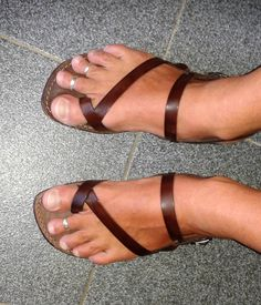 MEN SANDALS STYLE WANTED