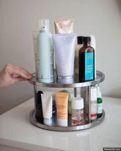We love our beauty products, but sometimes they cause too much clutter in our bathrooms! With these brilliant ideas to de-clutter your bathroom, you'll feel even more beautiful!