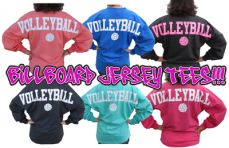 Spirit style long sleeve jersey tee is the HOTTEST item of the season! The OVERSIZED athletic billboard jersey tshirt is even better with your favorite sport imprinted across the shoulders. Volleyball Jerseys, Volleyball Outfits, Volleyball Quotes, Volleyball Players, Soccer, Volleyball Locker Decorations, Spirit Shirts, Spirit Wear, Sport Outfits