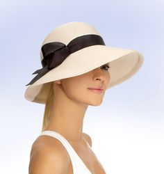 3e2e7bff003ec Super Cute Eric Javits Sun Hat will be perfect for Paris in May!