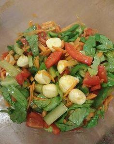 Mozzarella, Cobb Salad, Food, Red Peppers, Essen, Meals, Yemek, Eten