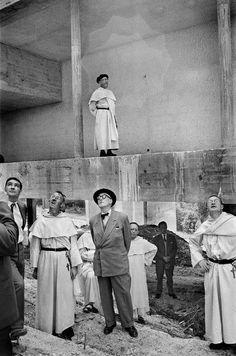 Le Corbusier, visita de obra a La Tourette, 1959. Rene Burri.