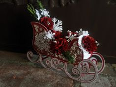 Santa really rides in style in Sharalyn's gorgeous sleigh!  The sleigh is from SANTA'S VISIT SVG KIT.