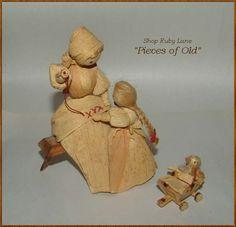Yarn Dolls, Clay Dolls, Dry Leaf Art, Audrey Doll, Corn Husk Crafts, Corn Husk Dolls, Soft Dolls, Easter Crafts, Beautiful Dolls