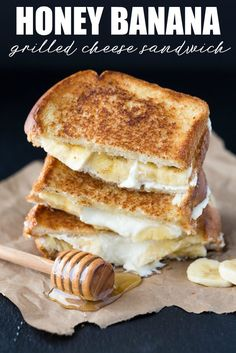 Honey Banana Grilled Cheese (uses Marscapone) Sandwich recipe. Honey Banana Grilled Cheese (uses Marscapone) Sandwich recipe. Grill Cheese Sandwich Recipes, Grilled Cheese Recipes, Grilled Cheeses, Steak Sandwiches, Burger Recipes, Healthy Sandwich Recipes, Grilled Desserts, Sandwich Ideas, Game Recipes
