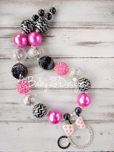 Minnie Mouse Inspired Chunky Necklace by babyzdesigns