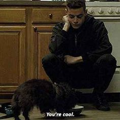 "21 Times ""Mr. Robot"" Made You Want To Hug Elliot Alderson"