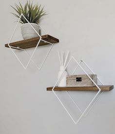 Wood And Metal Shelves, Diy Wood Shelves, Wall Shelves Design, Elegant Bedroom Design, Diy Bedroom Decor, Wall Decor, Palette Projects, Modern Floating Shelves, Iron Furniture