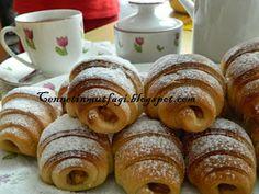 Doughnut, Muffin, Restaurant, Bread, Breakfast, Desserts, Food, Cupcake, Christmas