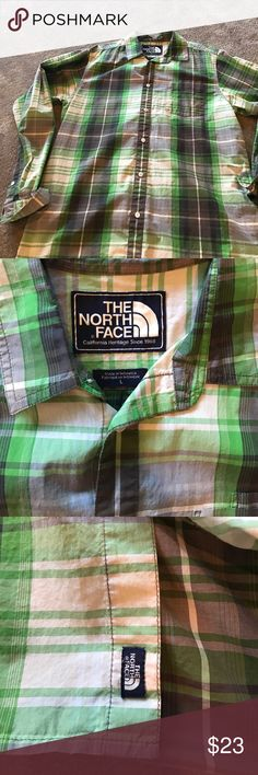 The North Face Spring green plaid button up Perfect spring green plaid The North Face button up The North Face Shirts Casual Button Down Shirts