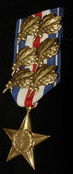 douglas macarthur museum | General MacArthur's unique 6 LARGE oak-leaf clusters Silver Star Medal ...