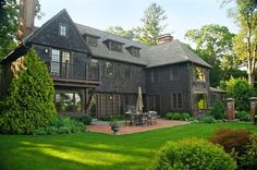 Exterior of luxury home in Winchester, Massachusetts