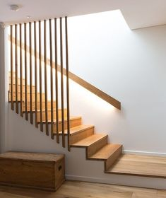 Rope Stair Banister 30 Stair Handrail Ideas for Interiors Stairs Handrail Ideas Stair Modern Stair Railing, Stair Railing Design, House Staircase, Staircase Railings, Modern Stairs, Banisters, Handrail Ideas, Banister Ideas, Stair Case Railing Ideas