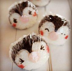 Penguin Cake balls / cake drops / cake pops  by Cakepopstop