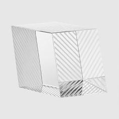 Clivo high sculpture/paperweight, H 7,5 cm   W 8 cm   L 10 cm