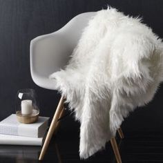 Montana White Throw A faux fur throw is a must-have for winter. Montana is luxuriously soft with a shaggy front teamed with a cosy polar fleece reverse. Drape it on the bed or over the lounge for a touch of indulgent texture. Fur Bed Throw, Bed Throws, Throw Rugs, Fur Blanket, White Fluffy Rug, White Fur Rug, Faux Fur Bedding, Faux Fur Rug, Learn Interior Design
