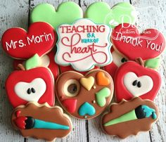 Back To School Teacher Appreciation Thank You Cookies - 1 Dozen (12 Pcs) by Dolce Custom Cookies on Gourmly