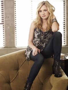 life unexpected<3