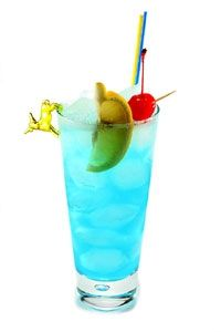 Can you say Adios Motherfucker? - oz vodka - oz rum - oz tequila - oz gin - oz blue curacao liqueur - 2 oz sweet and sour mix - 2 oz soda sprite) *One of my FAV cocktails! Manly Cocktails, Blue Cocktails, Cocktail Drinks, Party Drinks, Fun Drinks, Alcoholic Drinks, Beverages, Blue Curacao Liqueur, Gourmet
