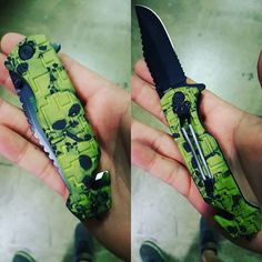 www.knivesdeal.com  Get yourself one.  #skulls #pocketknives #knives #knife #edc #everydaycarry #green #love