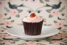 Sweet Tooth Girl | sweetoothgirl:   Cherry Flavoured Fairy Cakes