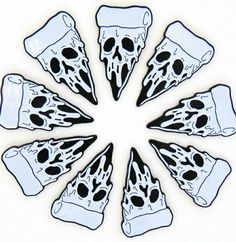 If i was snow white, the wishing pizza! Tattoo Drawings, Body Art Tattoos, Art Drawings, Illustrations, Illustration Art, Pizza Tattoo, Pizza Art, Spooky Tattoos, Halloween Tattoo