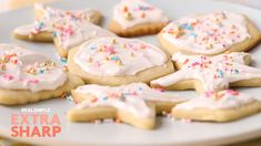 Our easy royal icing recipe is perfect for fancy holiday cookies, tiered cakes, . - Our easy royal icing recipe is perfect for fancy holiday cookies, tiered cakes, and much more. Glazed Icing Recipe, Royal Icing Recipe With Egg Whites, Royal Icing Cookies Recipe, Sugar Cookie Icing, Easy Sugar Cookies, Glaze Recipe, Christmas Cookie Icing, Holiday Cookies, Valentine Cookies