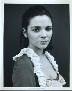 young, brunette Kim Cattrall #vintage #kimcatrall #brunette