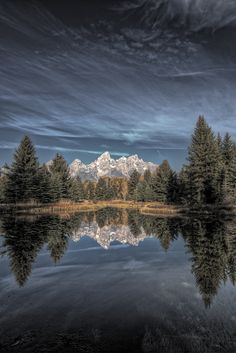https://flic.kr/p/aStjJg | Schwabachers Landing | Here is another converted shot from my midmorning visit to Schwabachers Landing. I took the original HDR version and performed a black and white conversion using Nik Software's Silver Efex Pro 2. I then took both the HDR version and the black and white into photoshop and did a blending/masking to achieve a sort of bleach bypass affect.