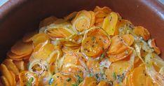 Ces carottes au four sont une heureuse alternative aux classiques carottes vichy cuites à l'eau. Ingrédients 4 belles carottes ...