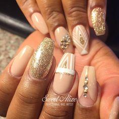 2ND VIEW: Mixed art over acrylic nails and gel polish! 💕 #coffinnails #ballerinanails #nudenails #nudepolish #gelpolish #gelish #gelcolor #axxium #shellac #gelnails #acrylicnails #gelnails #fakenails #solarnails #gelfx LIKE >> facebook.com/ManiPedi