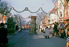 Disneyland Christmas parade, 1961